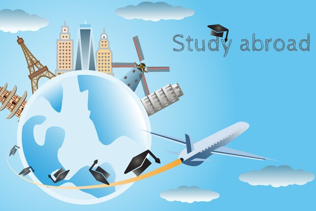 Students Abroad: How to Choose the right Course or College for yourself??